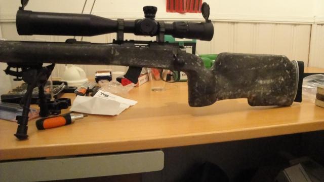 Ny gummi hevearmskule og 10 skudds magasin.